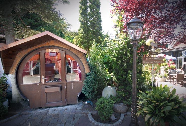 Übernachten im Weinfass - Restaurant Wein- & Friesenstube